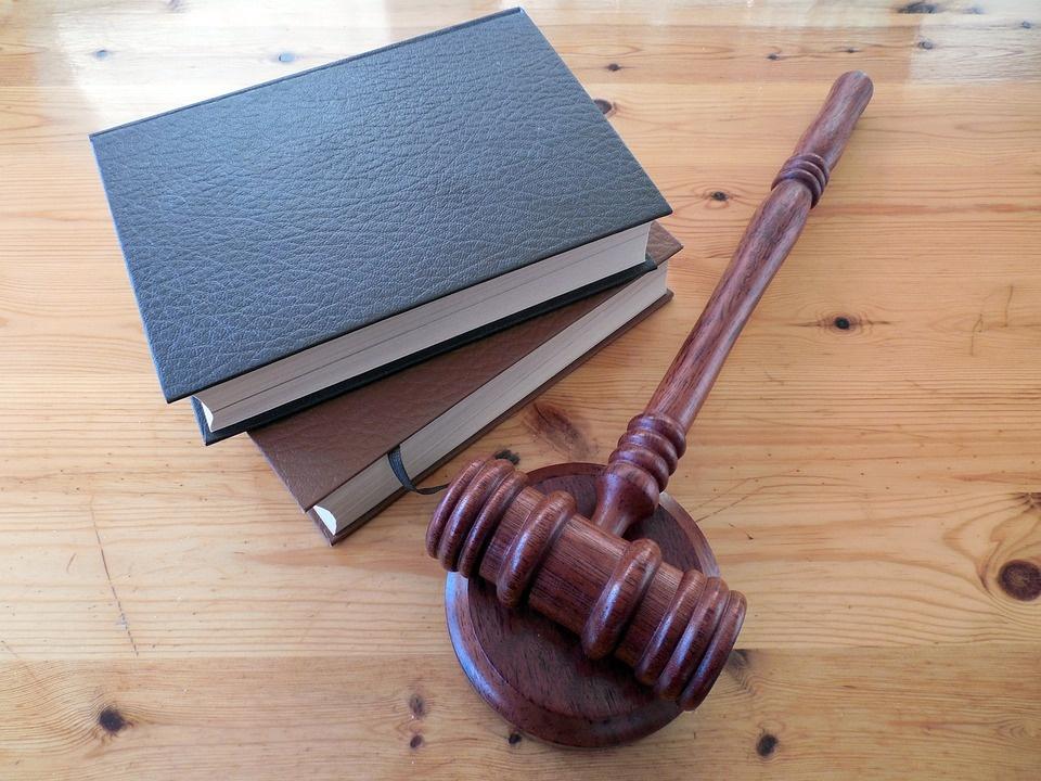 Voľba sudcov: ďalší pokus nevyšiel, vzťahy v koalícii sú napäté