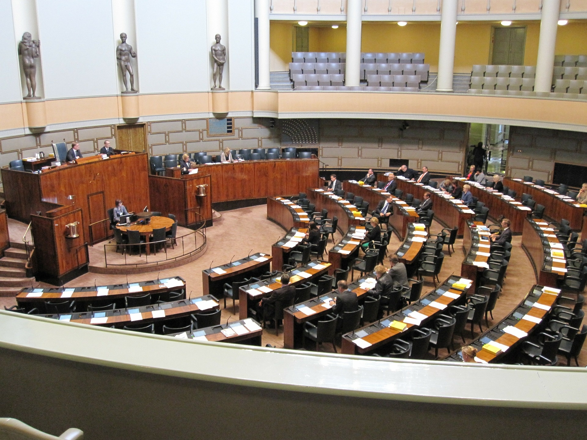 Peter Kažimír je medzi kandidátmi na post šéfa Euroskupiny