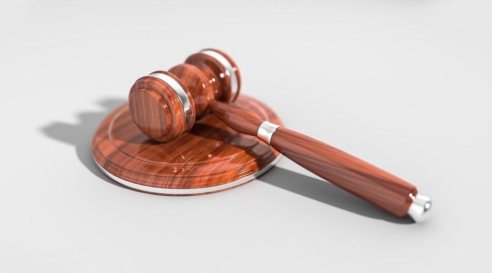 Novinky v súdnictve: lietajúci sudcovia a opatrenia pre okresné súdy