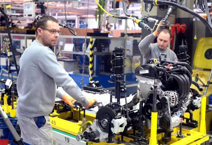 Il gabinetto lavora per migliorare la sostenibilità nel settore automobilistico