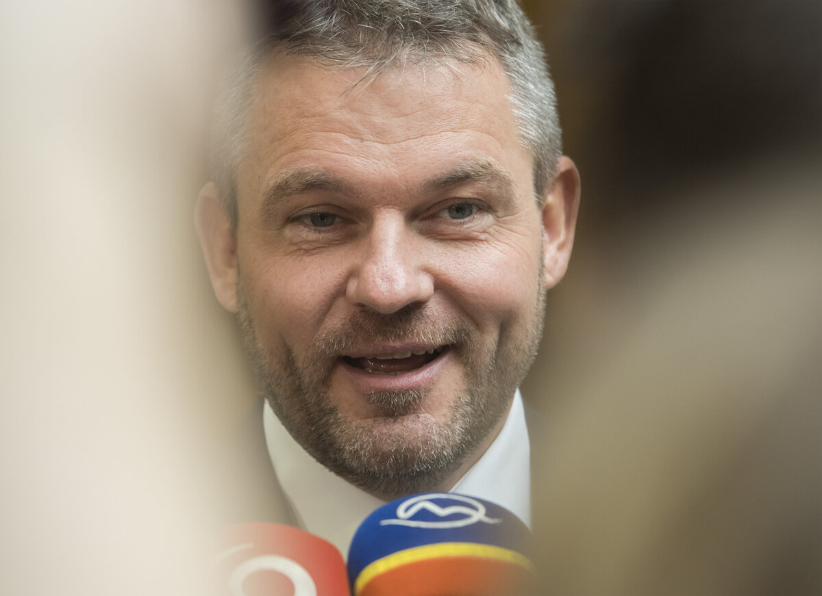 Dôvera v politikov: na prvom mieste je Pellegrini