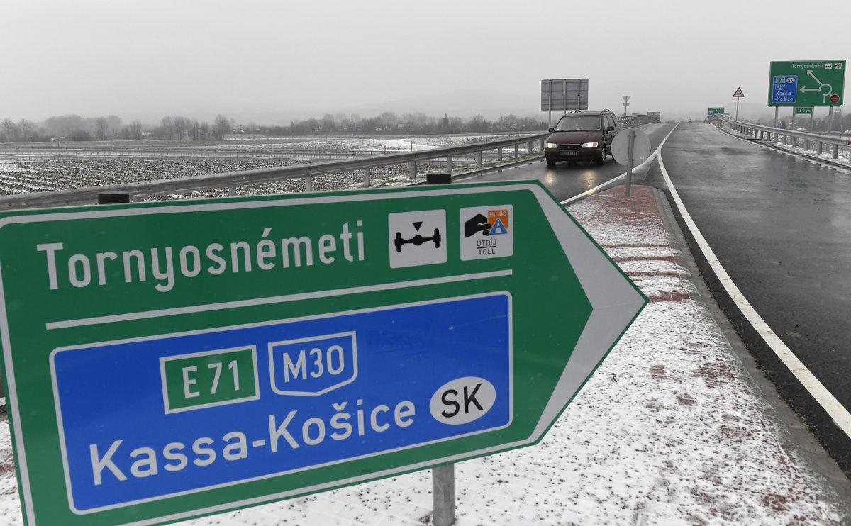 Bratislavu spoja s Košicami v roku 2022, cez Maďarsko