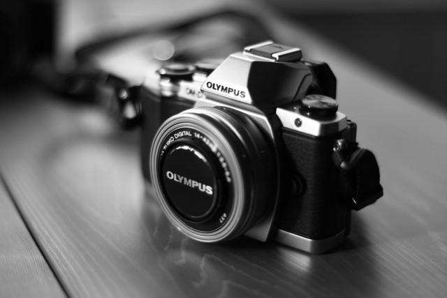 camera-541213_960_720.jpg