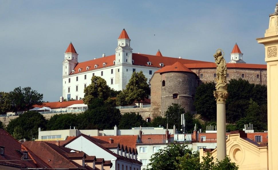 01_Bratislava.jpg