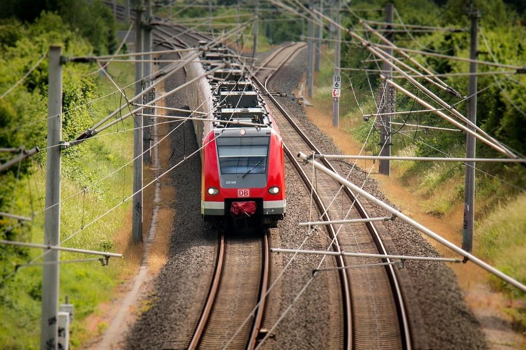 train-797072_1280.jpg