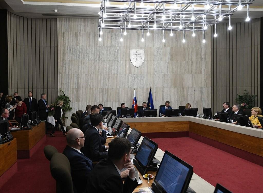 government domov.sme.sk (1).jpg