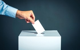 polls 3.jpg